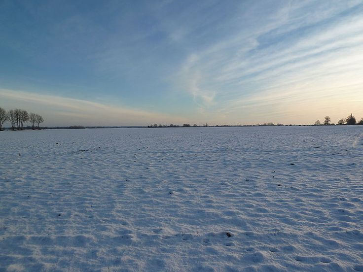 File:Field covered by snow in Normandy - 20101226.jpg