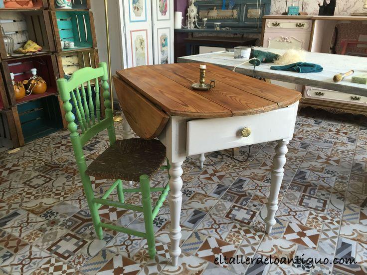 Pintar una mesa tocinera. Vídeo paso a paso para aprender a cambiar un mueble de una forma muy sencilla pintura y cera para la madera.