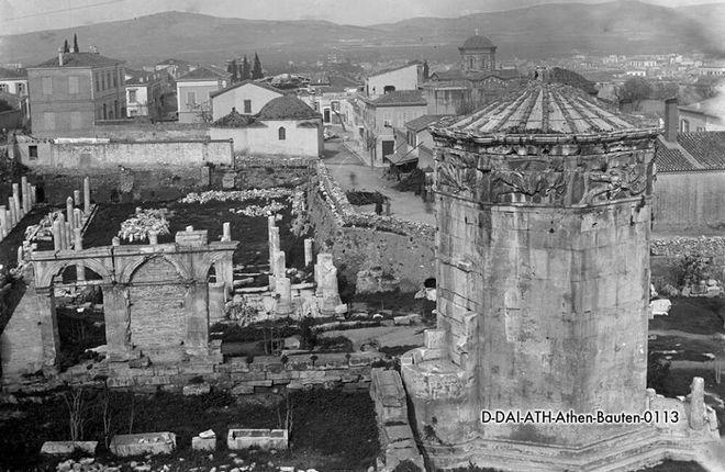 -Αθήνα, Πλάκα, το Ωρολόγιο του Κυρρήστου ή Πύργος των Ανέμων ή Αέρηδες, 1895
