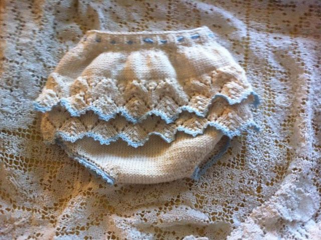Ravelry: Paris Collection NewBorn Diaper cover pattern by rene jtkdesigns