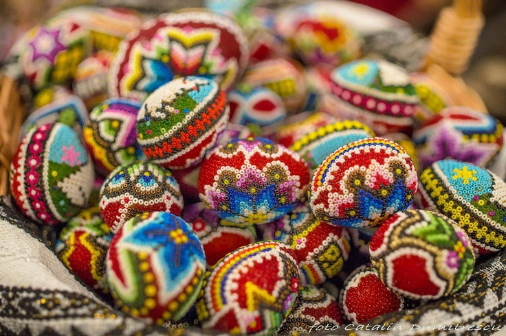 Tradition through art - traditional decorated eggs