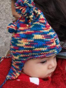 Voici les instructions pour tricoter un bonnet péruvien pour un bébé taille 12-18 mois. C'est une adaptation d'un autre patron trouvé ici http://www.vhdcreations.com/2006/11/05/modele-de-bonnet-peruvien-adulte-enfant-et-gants/ J'ai changé la taille parce...