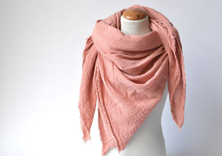 Musselin Mama Tuch Apricot Biobaumwolle via mien - Accessoires handmade in Berlin. Click on the image to see more!