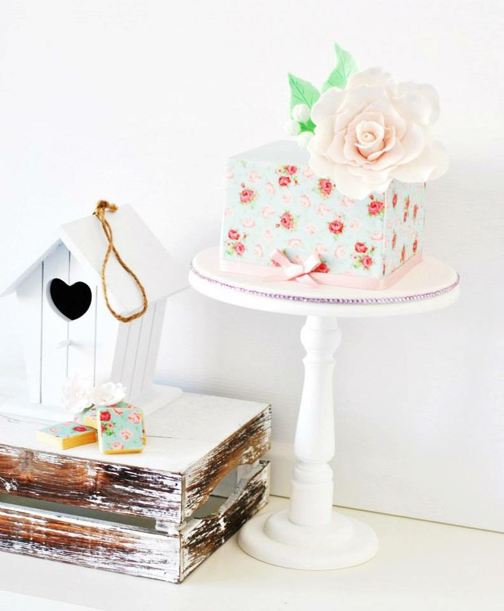 Shabby chic cake Tea Party supplies and shopping guide | Life's Little Celebrations