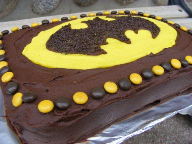 Batman cake