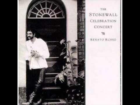 Renato Russo - Send in the Clowns (Canção de Stephen Sondheim). Quando um grave é um grave!