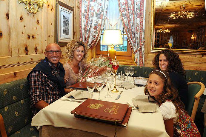 http://www.hotel-livigno.com/hotel-dettaglio/12/Hotel-Alpina