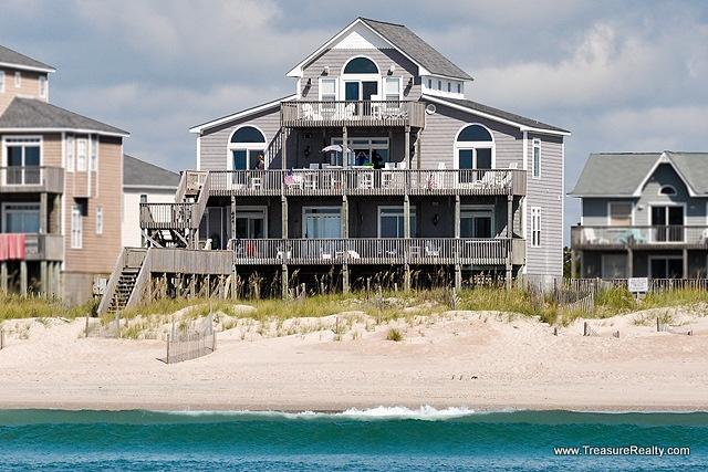 19 best luxury oceanfront topsail island vacation rentals for Luxury vacation rentals hamptons