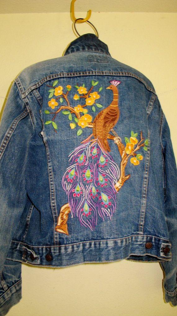 Levi Denim Jacket Embroidered Denim por BelindasStyleShop en Etsy