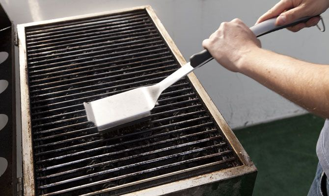 Learn how to quickly and easily clean your barbecue grill! http://www.thedailymeal.com/cook/how-clean-your-outdoor-grill-8-simple-steps?utm_content=buffer5f516&utm_medium=social&utm_source=pinterest.com&utm_campaign=buffer