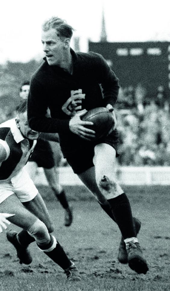 Ken Hands. Played 1945-1957. Games Carlton 211. Coached Carlton 1959-1964 – 114 games. Premierships 1945, 1947.
