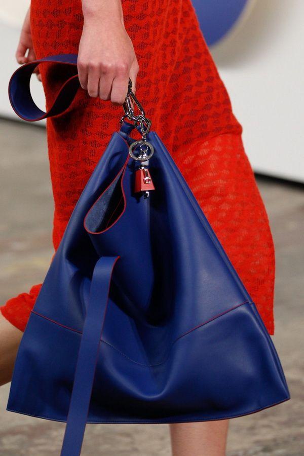 Модные сумки-мешки весна-лето 2017 Boss