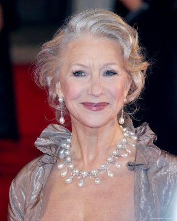 Helen Mirren in pearls