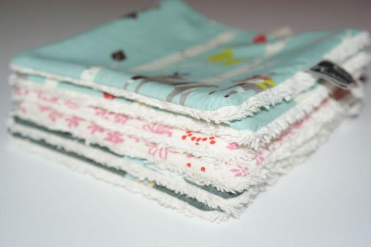 Lingettes/Débarbouillettes lavables en Coton Bio pour Fille, fait-main Kumoandfriends : Puériculture par kumoandfriends