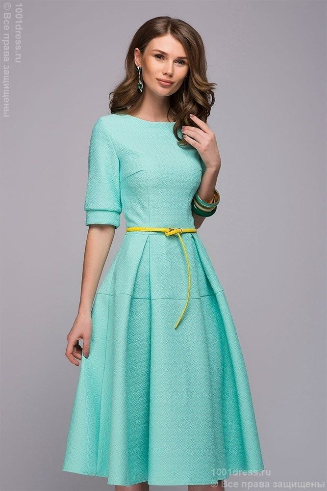 Платье мятного цвета длины миди с расклешенной юбкой и рукавами 1/2 - фото 18789