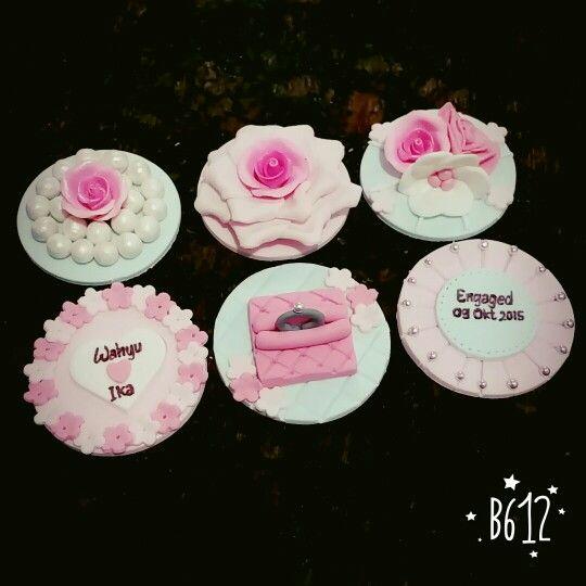 Shabby chic cupcake