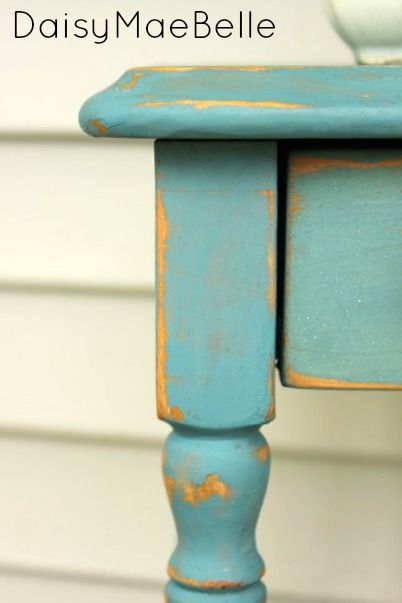 Table Painted with Miss Mustard Seed Milk Paint @ DaisyMaeBelle