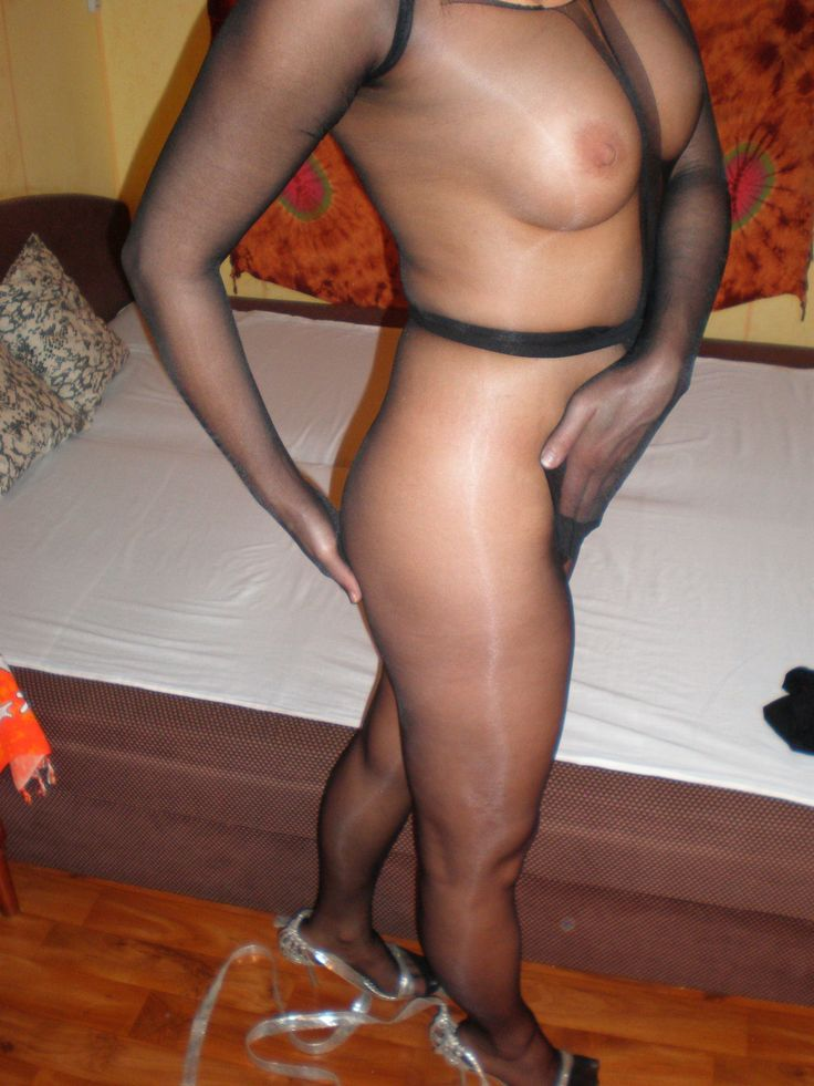 Nylon pantyhose encasement mine the