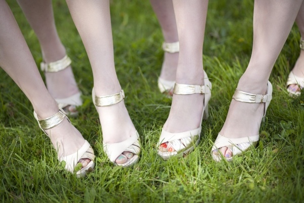 Picking out the the perfect shoes for your bridesmaids peds! #wedding #styleShoes Lovin, Perfect Shoes, Bridesmaid Dresses, Wedding Styles, Modcloth Http Www Modcloth Com, Bridesmaid Choo, Bridesmaid Peds, Dowdy Bridesmaid, Beautiful Bridesmaid