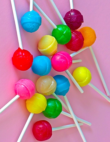 food candy aesthetic items colorful lollipop rainbow interesting backgrounds cute wallpapers pastel chasingrainbowsforever stuff today depuis enregistree