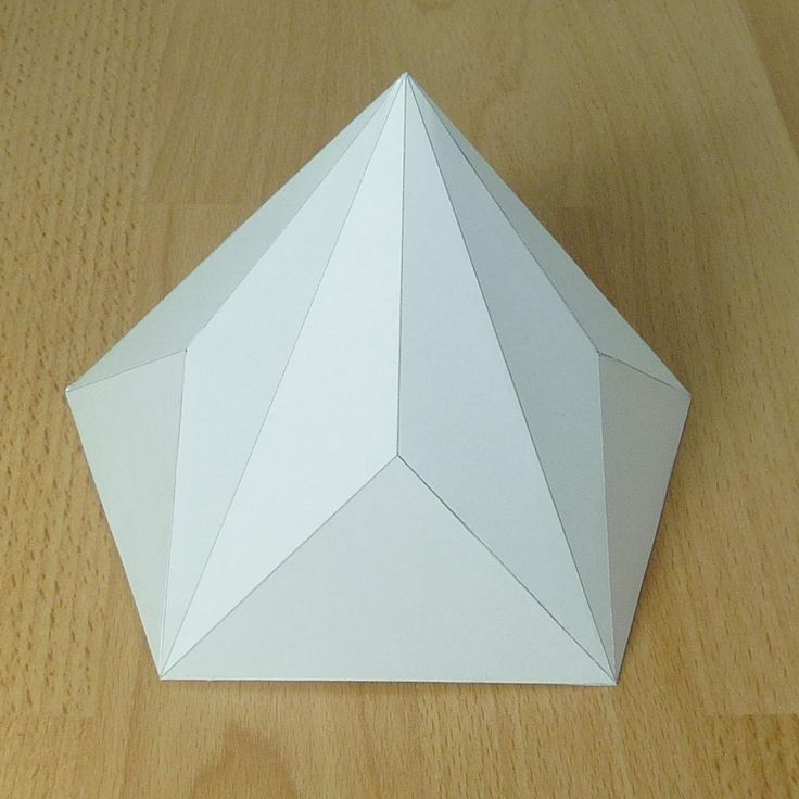 Paper model pentagonal-decagonal pyramid