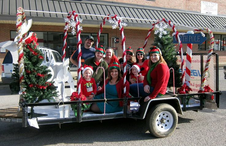 Small and simple Christmas parade float idea.  This was the Madison-Danville Jaycees' float in 2012.