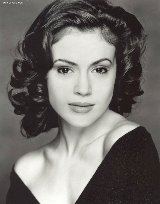 Alyssa Milano- any hair cut or style that woman has. I'll withhold from posting more for emphasis.