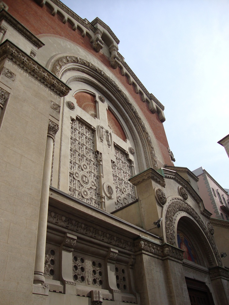 Santuario del Sacro Cuore di Gesù, viale Piave, 2, Milano | Vista di scorcio