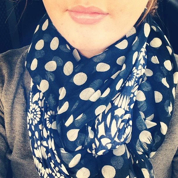 how to tie two scarves together style guide