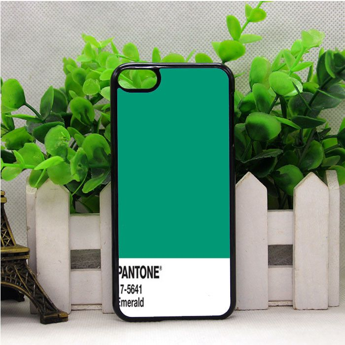 PANTONE EMERALD COLOR IPOD TOUCH 6