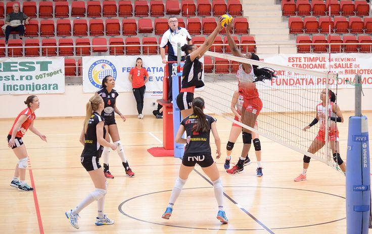 FOTO Volei feminin: Volei Alba-Blaj a obținut victoria în meciul cu CS Dinamo București
