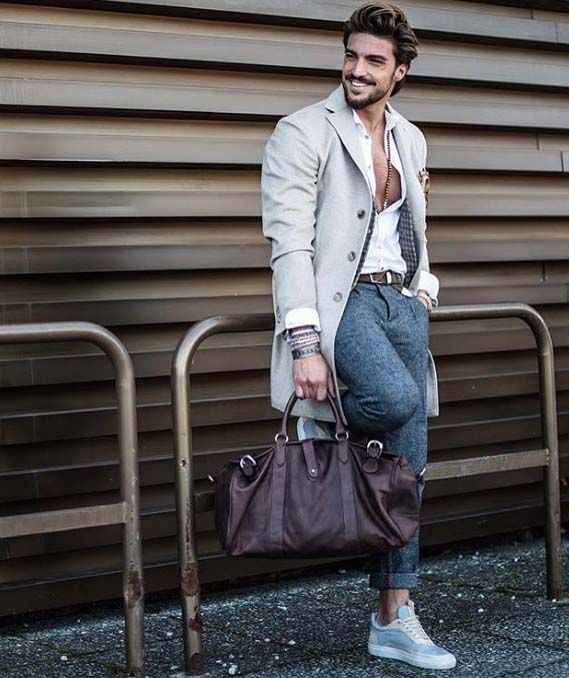 Give some life to your style with a gym bag // gym bag // urban men // mens fashion // menswear // style // bags // watches // mens accessories // city life //