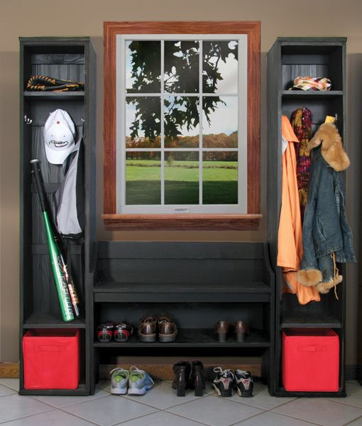 Foyer Mudroom Kits : Lockers plus modular bench decorating the mudroom