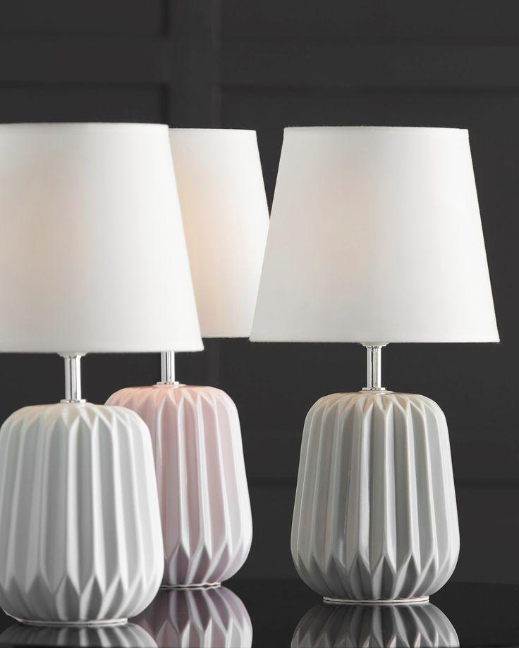 Saga lampa från Mio