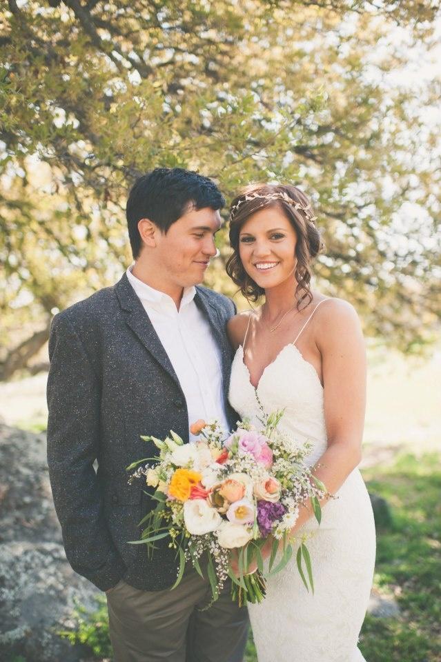 212 best Dress images on Pinterest   Wedding frocks, Bridal gowns ...