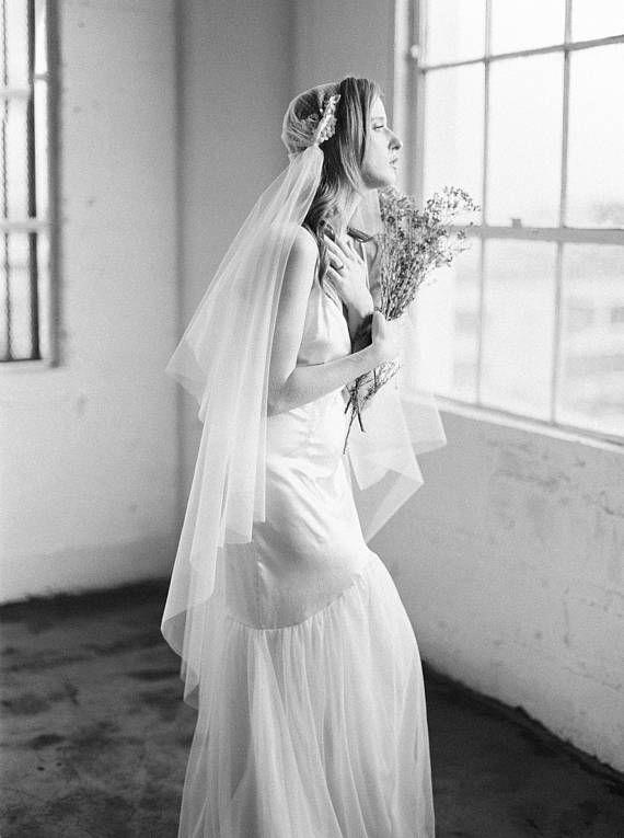 Juliet Cap Veil, Russian Net Veil, Vintage Veil, I…Edit description