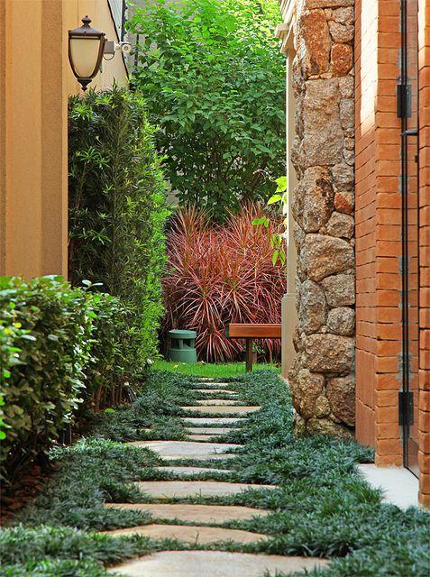 Jardim residencial.