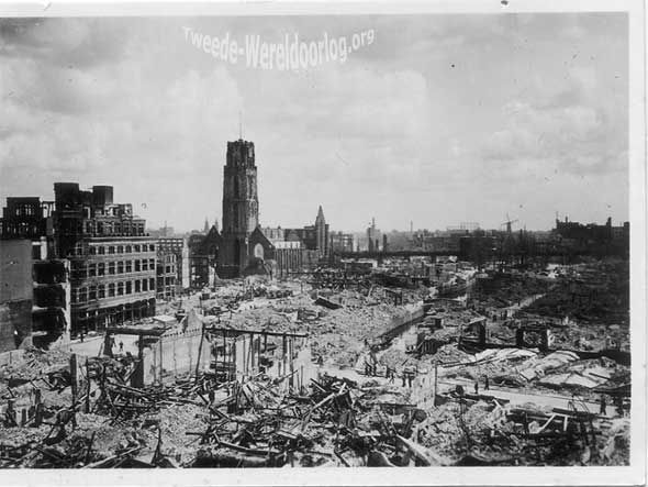 Rotterdam, Netherlands, 14/05/1940, Ruins of the city after a German bombing. Hoogstraat.