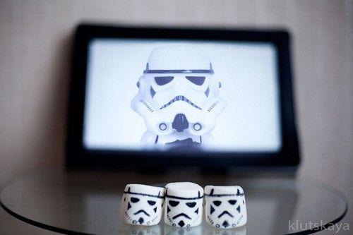 stormtrooper_marshmallow_by_klutskaya-DIY-StarWars-Party-Chamallow