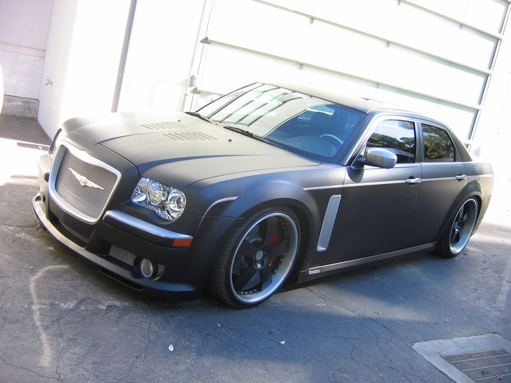 #Custom #Chrysler #300