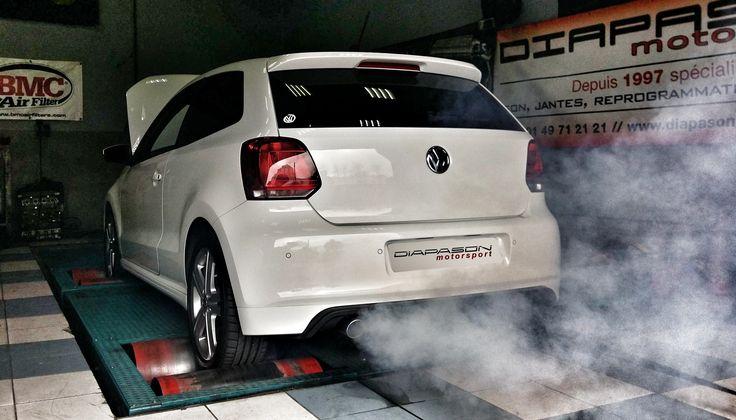 Nettoyage du filtre à particules sur cette #Volkswagen #POLO ! 🚗💭 + suppression du voyant moteur.  Cette solution contrairement à la suppression du filtre à particules est homologuée 👍  Consultez notre page dédiée pour tout savoir sur le nettoyage du FAP !