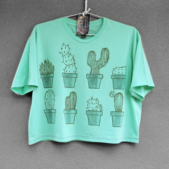 CROPPED CACTUS. 100% cotton T shirt. Hand painted. Mint green tshirt. Cactus tee. Unique t shirts. Nice tees.