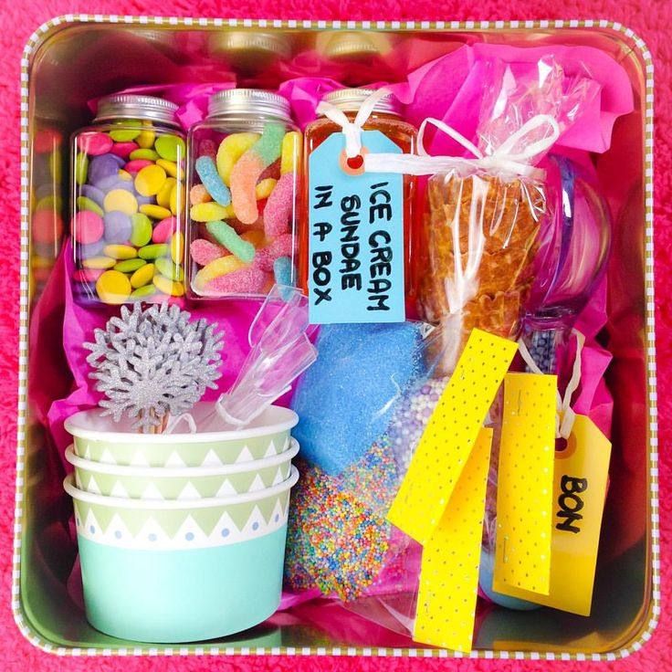 Sara beauty corner - ice-cream gift box.