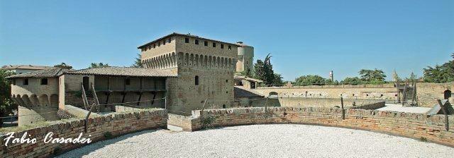 La Rocca di Ravaldino in Forlì by FabioCasadei, via Flickr
