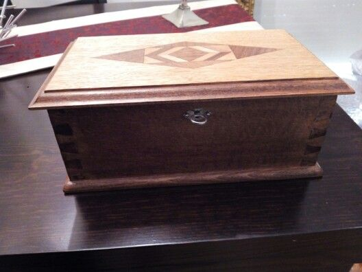 Hand crafted box. Beechwood and marquetry