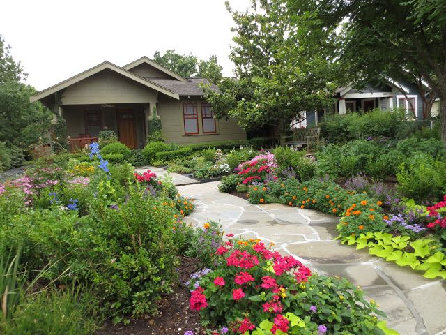 Houston Bungalow & Cottage Gardens