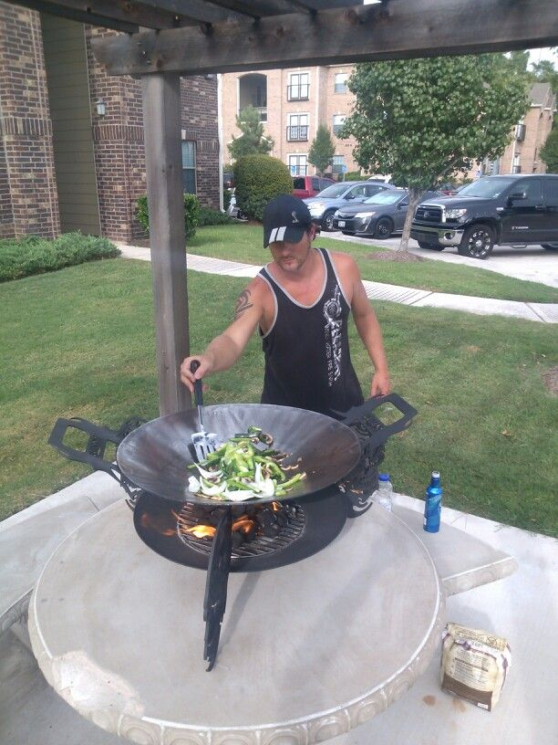 """www.hellspits.com 24"""" disc cooker / fire pit with removable wok"""