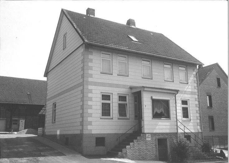 Fachwerk - Sanierung eines Zweifamilienhauses von 1903 , ökologische Wärmedämmung mit Hanfmatten, Schleppdachgauben, Schiefer, Bildrecht: Mike Griggel