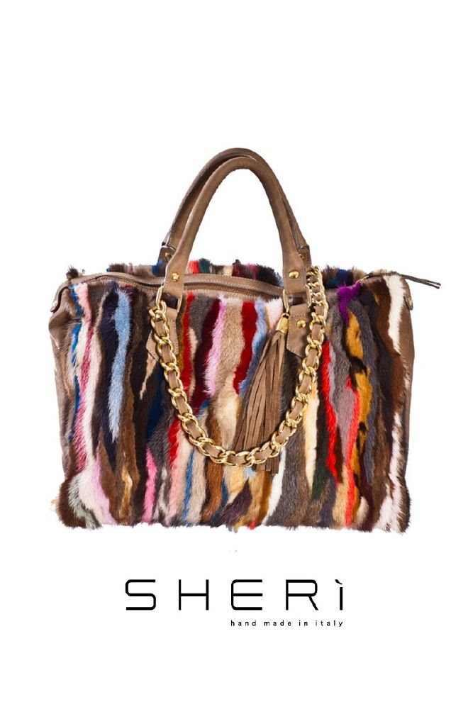 1028 - Borsa fianchi visone multicolor - Codice: 501 Codice: 501 EN: 1028 - Multicolor mink bag - Code: 501 RU: 1028 - разноцветная норковая сумка - код: 501 #sheri #fur #fashion #multicolor #mink #bag #borse #furfashion #pellicce #pellicceria #luxury #moda #fall #winter #madeinitaly #handmade