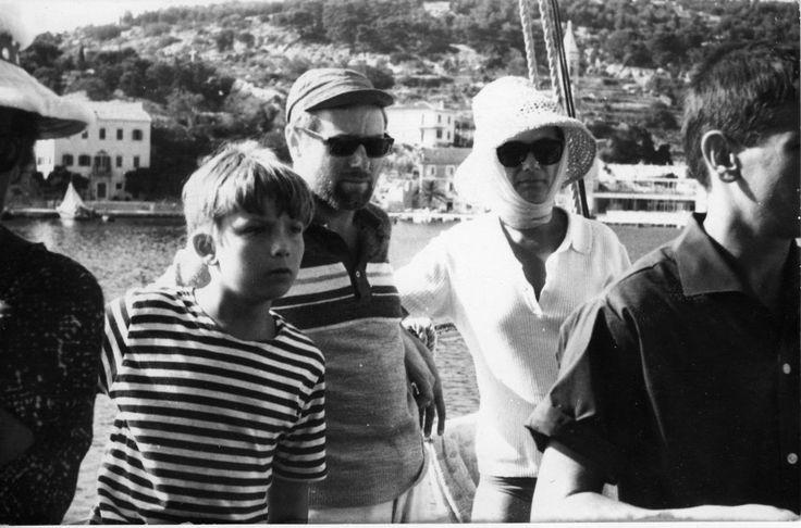 Komeda and family